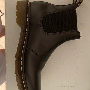 Doc marten Chelsea boots